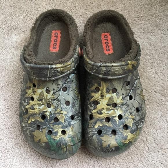 11517ea562442e CROCS Shoes | Camo Realtree Fur | Poshmark